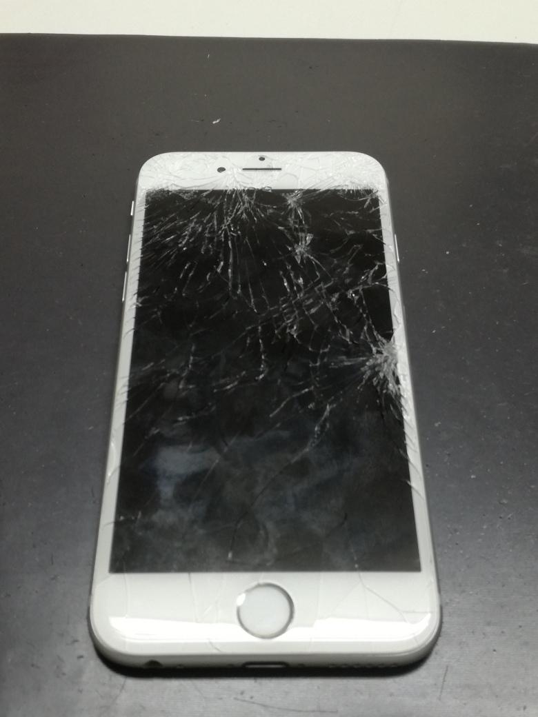 修理前のiPhone6