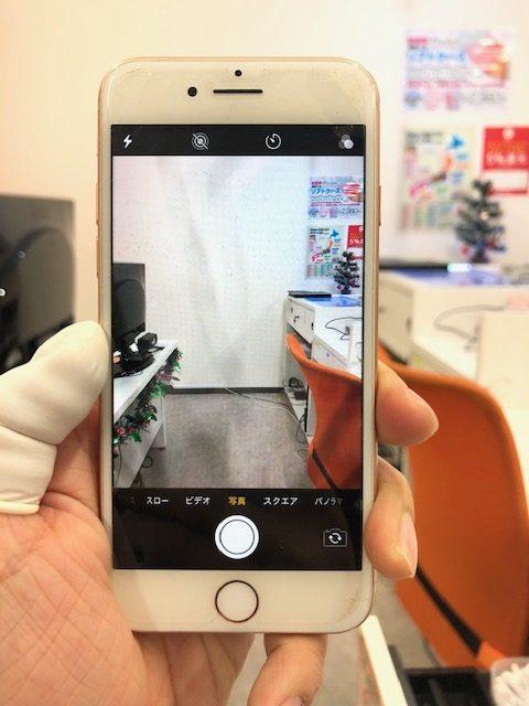 バックカメラ修理前のiPhone8