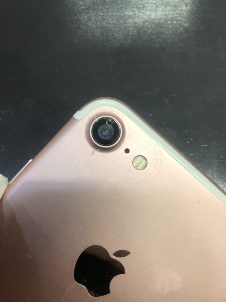 カメラレンズ交換前のiPhone7