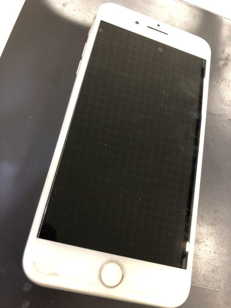 水没復旧前のiPhone7Plus